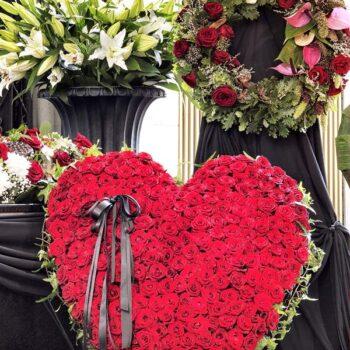 Sympathy Wreath Bid Heart